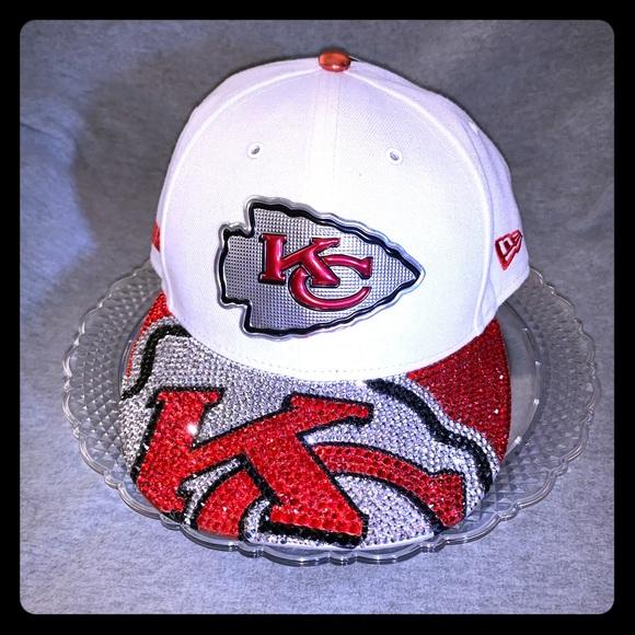 61e85283 NFL Kansas City Chiefs SnapBack Cap NWT